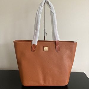 Dooney and bourke tote bag purse pebble leather